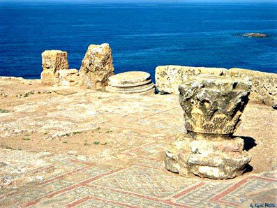 Tipasa et les mosaïques dans la basilique